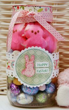 Mason Jar of Easter Treats Would be a super cute idea for any holiday...just change the decor. I would put in homemade treats.....cookies, fudge, or brownies. :)