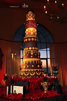 1000+ images about Tallest cakes on Pinterest | Wedding ...