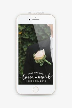 Go ahead and grab yourself a glass of wine, because this is gonna be one fabulously long post. We're sharing all of the major things we will you'll be seeing at weddings this year, from color to decor to dresses. So if you want to get a sneak peak of the latest and great, or …