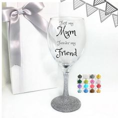 Personalised gift mum birthday present for mom wine glass