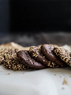 Chocolate Tahini Cookies (gluten-free, vegan) | saltedplains.com
