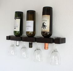 Decorate your walls with what you love! This intimate, smartly designed wine rack doesn't take up much space but flaunts a decorative look while enhancing your room decor.