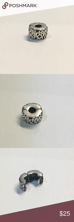 Pandora s clip 925 bead bracelet charm 790338 Pandora sterling silver s clip bead bracelet charm , the clip is hallmarked 925 ale . Pandora Jewelry Bracelets