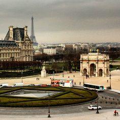 #paris #louvre #toureiffel #eiffeltower #arcdecarrousel #discoverparis #milenaguideparis #france #loveparis #travel #tourism #myparis #париж #франция #айфеловатакула #лувър #instaparis #instalike #visitparis #welcometoparis