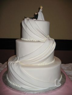 pictures of cakes | Wedding Cakes - Modern and Traditional Wedding Cake Pictures 8 | The ...