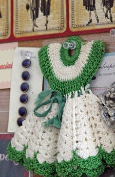 Vintage crochet dishcloth.-Remember my Grandma making these!!