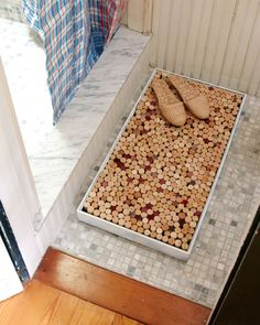 I could make this myself with my save winecorks! Bathroom mat for new place?