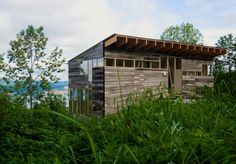 Architects: Jarmund/Vigsnæs AS Architects MNAL Location: Toten, Norway Client: Ane Kristin Rogstad og Trond Nygård Project Architects: Einar Jarmund,