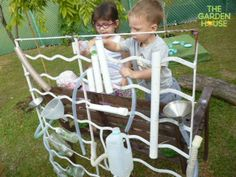 We love to see the children outside working & playing with water, such wonderful & fun sensory activities. Primary Education, Primary School, Pre School, Activities To Do, Sensory Activities, Early Years Classroom, Sensory Garden, Outdoor Play, Outdoor Ideas