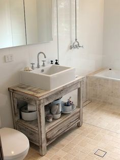 what a great bathroom design, tub and shower walle
