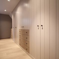 Wardrobe area between and bedrooms: opposite bathroom Large Living Room Furniture, Fitted Bedroom Furniture, Fitted Bedrooms, Built In Furniture, Furniture Buyers, Cheap Furniture, Kitchen Furniture, Build A Closet, Pretty Bedroom