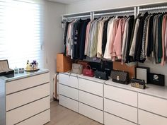 Room Decorating – Home Decorating Ideas Kitchen and room Designs Curtain Wardrobe, Wardrobe Room, Wardrobe Design Bedroom, Closet Bedroom, Built In Wardrobe, Bedroom Storage Ideas For Clothes, Room Ideas Bedroom, Dressing Room Decor, Closet Storage Systems