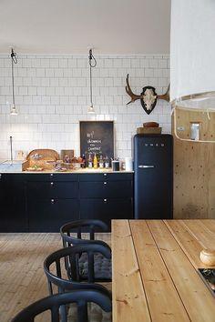 Scandinavian feel kitchen design