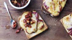 Bacon rarebit with apple chutney recipe - BBC Food Chilli Cheese Toast, Rarebit Recipes, Tapas, Apple Chutney, Bacon Jam, Chutney Recipes, Just Cooking, Tostadas, Brunch Recipes