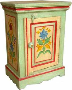 Indian Painted Furniture: love the idea. Afraid I don't have the guts to give it a try!