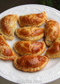 Empanadas de pollo o pavo / Chicken or turkey empanadas