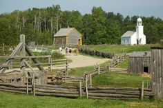 Old houses in the Village Historique Acadien in New Brunswick, a representation of Acadian settler's life / de : Asymetric / Matthew Vibert Places Ive Been, Places To Go, Acadie, New Brunswick Canada, King's Landing, Atlantic Canada, Prince Edward Island, Largest Countries, Destinations
