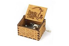 Original hand crank Music Box, just turn the handle and it will play this well-known tune.Try on wood or glass or different surfaces for a new sound.   This music box makes a great gift for any music lover.  The design is inspired by vintage storage boxes with track name engraving on the inside. #musicbox #moana #gameofthrones #soundbox #music #gift #gifts #box