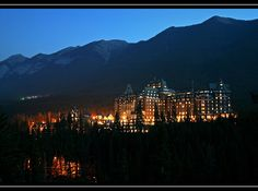 Canada - The Fairmont Banff Springs Hotel at night