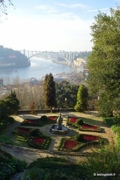 Six idées de visite à Porto Six idées de visite à Porto | via Le Blog | 22/01/2015 #Portugal Spain And Portugal, Portugal Travel, Amazing Destinations, Vacation Destinations, Mystical World, Destination Voyage, Most Beautiful Cities, Places To Visit, Around The Worlds
