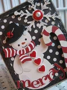 I love snowmen, this is a great idea for a front page for a Christmas scrapbook. Whoever came up with this one keep up the good ideas! ty