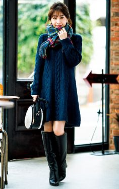 these Woman fashion is stylish Fall Winter Outfits, Winter Fashion, Steampunk Boots, Fashion Outfits, Womens Fashion, Fashion Tips, Ladies Fashion, Fashionable Snow Boots, Female Poses