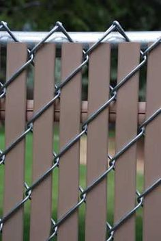 Option Lock Privacy Slats for chain link fence. Option Lock Privacy Slats for chain link fence. Privacy Landscaping, Backyard Privacy, Backyard Fences, Garden Fencing, Garden Privacy, Balcony Garden, Ranch Fencing, Outdoor Privacy, Backyard Plants