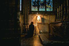 Modéstia e Pudor: Carta ao jovem católico sozinho na Missa - Por Ruth Baker