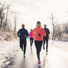 22 Genius Running Hacks For When It's Cold AF Outside