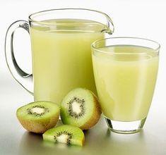 Almából, banánból és narancsból készült turmixot más kóstoltunk a múlt héten, ma azonban az alma helyettegy C-vitaminban szintén gazdag hozzávalóval dobjuk fel az... Tovább olvasom Healthy Drinks, Healthy Recipes, Healthy Food, Coffee Talk, Greens Recipe, Weight Loss Smoothies, Kefir, Protein Shakes, Cocktail Drinks