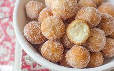 How to make Sicilian Zeppoles with Ricotta Export Typical Italian Products, Prodotti Tipici Italiani Sicilian Recipes, Best Italian Recipes, Greek Recipes, Italian Cake, Finger Food Appetizers, Slow Food, Party Desserts, C'est Bon, Sweet And Salty