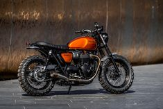 Bikes Of The Week: 15 May, 2016 The first 'official' Triumph Street Twin custom build—by England's Down & Out Café Racers.The first 'official' Triumph Street Twin custom build—by England's Down & Out Café Racers. Triumph Cafe Racer, Triumph Scrambler, Cafe Racers, Cafe Racer Motorcycle, Motorcycle Design, Triumph Motorcycles, Cars And Motorcycles, Triumph Bonneville, Custom Motorcycles