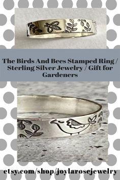 Casual Jewelry in sterling silver. Visit Joylarosejewelry.com for more designs focusing on spinner rings #silversmith #silverrings #handmadejewelry #uniquejewelry #etsyjewelry #jewelrymaker Gold And Silver Rings, Silver Rings Handmade, Sterling Silver Jewelry, Handmade Jewelry, Unique Jewelry, Etsy Jewelry, Jewelry Gifts, Spinner Rings, Ankle