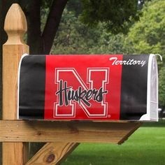 University of Nebraska – Lincoln Cornhuskers - magnetic mailbox cover