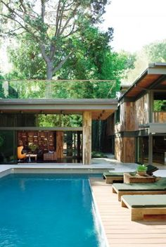 Contemporary Outdoor Space by Commune in Los Angeles, California