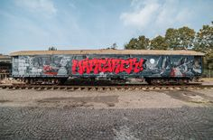German HipHop Artist KOOL SAVAS, SLIDER and CAPARSO painting the MOLOTOW Train: http://www.molotow.com/magazine/the-molotow-train/day/kool-savas-slider-caparso/