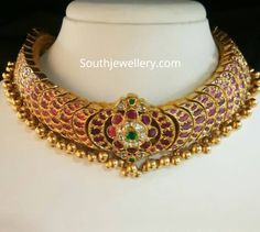 Gold Jewelry From Egypt Code: 8947883414 Indian Jewelry Sets, Indian Wedding Jewelry, Royal Jewelry, Bridal Jewelry Sets, Gold Jewelry, Quartz Jewelry, Indian Bridal, Diamond Jewelry, Gold Ruby Necklace
