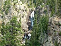 Hike to the top of Fish Creek Falls, Steamboat Springs, Colorado for amazing views of this 283-foot waterfall!