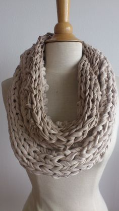 Puce goes XL - 2 tone beige round scarf made from T-shirt yarn.
