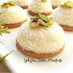 Orjinalini Aratmayan Yalancı Eti Puf - Quack Tutorial and Ideas Ramadan Desserts, Mini Desserts, No Bake Desserts, Healthy Desserts, Just Desserts, Dessert Recipes, Cheesecake Brownie, Mousse Au Chocolat Torte, Puff Recipe