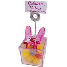 Lembrancinha de 15 Anos Caixa Acrílica com Sapatinho Princesa e Bala de Goma $3.90