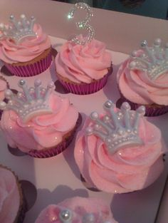 Girls 1st Birthday Cupcakes Nat S 1st Bday Pinterest