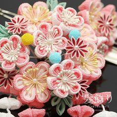 Japanese Geisha Kanzashi Kimono Hairpin finger grip ornament pink white plum New Cloth Flowers, Fabric Flowers, Diy Flowers, Japanese Gifts, Japanese Geisha, Japanese Hair, Paper Umbrellas, Barrettes, Ribbon Art