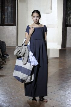Daniela Gregis - so sweet and love the big bag, I always have to have a big tote.