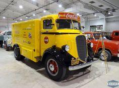 1939 Studebaker Coca-Cola truck
