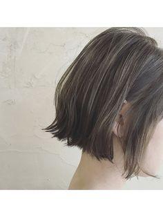 【ゲストスナップ】切りっぱなしボブ×イルミナグレージュ/Le conte'shinsaibashi 【ルコンテ シンサイバシ】をご紹介。2018年春の最新ヘアスタイルを100万点以上掲載!ミディアム、ショート、ボブなど豊富な条件でヘアスタイル・髪型・アレンジをチェック。 Grecian Hairstyles, Permed Hairstyles, Ash Brown Hair, Brown Hair With Highlights, Shot Hair Styles, Long Hair Styles, Hair Arrange, Haircut And Color, Hair Images