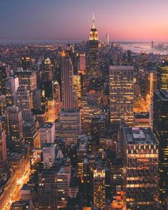 Manhattan at night by - New York City Feelings New York Wallpaper, City Wallpaper, City Photography, Landscape Photography, Vol New York, Monte Fuji, New York Night, Visit New York City, New York Pictures
