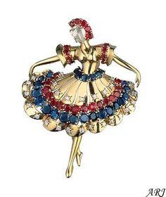 La duquesa de Cornualles tiene bastantes pocas piezas impresionantes de Van Cleef & Arpels, pero mi favorito entre su colección es este broche bailarina encantadora.    En la década de 1940, Van Cleef & Arpels creado ampliamente copiados, hermosos broches bailarina. La inspiración para esta colección de Alta Joyería fue la colaboración entre Claude Arpels y el renombrado coreógrafo George Balanchine, que dio lugar a las joyas del ballet en 1967.