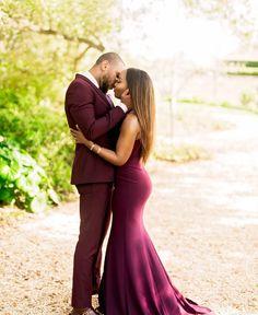 Hey lovebirds! Photo: @pharrisphotos #munaluchi #munaluchibride #weddingthings #inlove