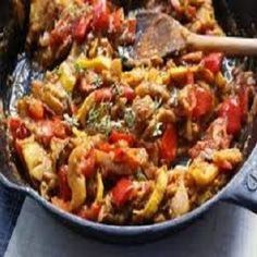 WW Ratatouille-This is an easy oven-baked recipe for a healthy meatless Italian meal. It is a low calories, low fat, low cholesterol, low carbohydrates, Vegetarian and WeightWatchers (6) PointsPlus recipe with a (1-1/4) cup serving size. Made with zucchini, eggplant and mushrooms; all done in the oven.